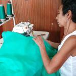 Mini-indústria de confecção de roupas e uniformes com base na economia solidária